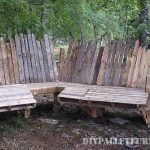 Meeting space with pallets