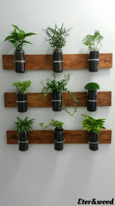Vertical Planter with pallet planks and glass jars 3