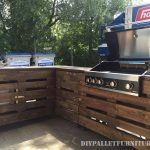 Barbecue with pallets