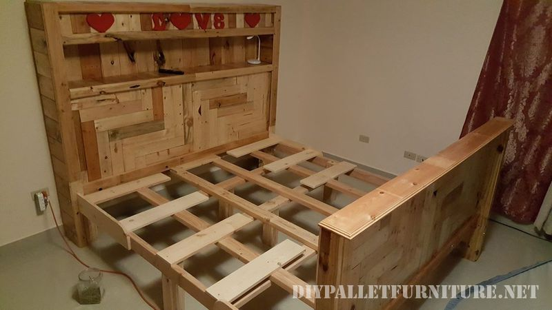 Romantic bed made with pallets 4