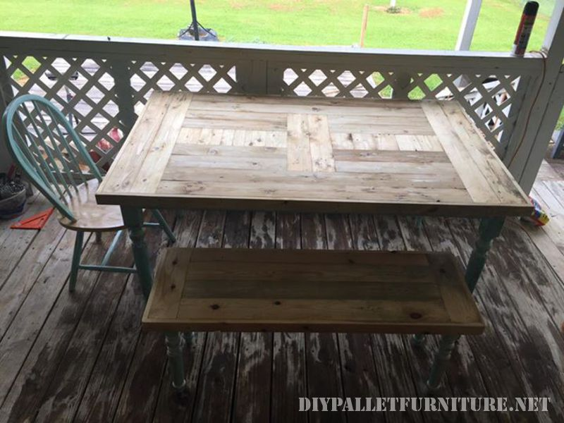 Table recovered with pallet planks 2