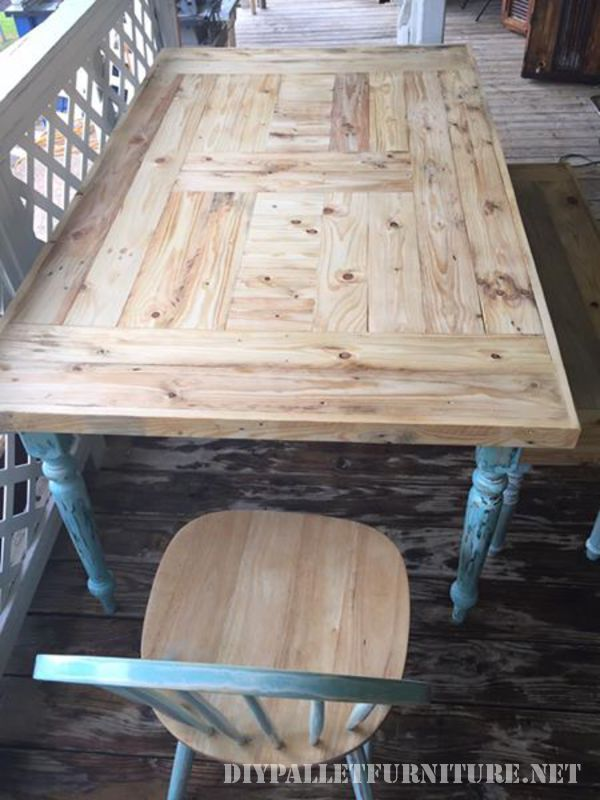 Table recovered with pallet planks 3