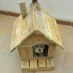 Casita for small dogs with pallets