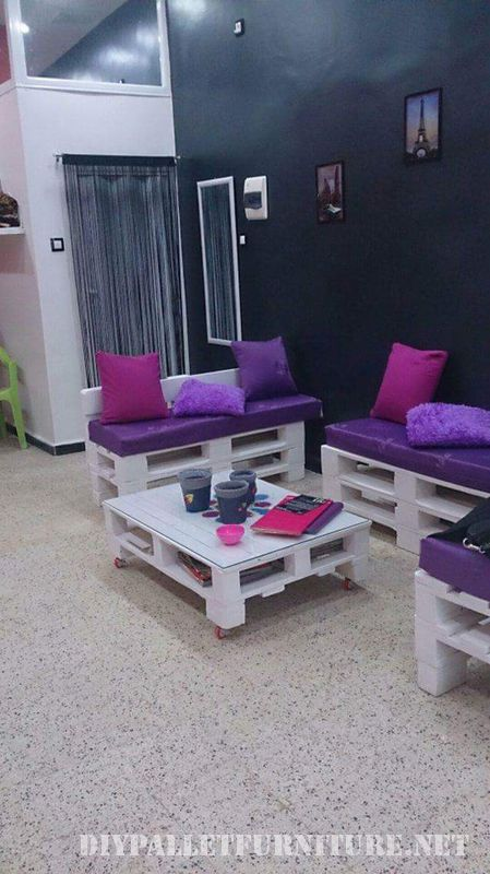 hairdresser-equipped-with-diy-pallet-furniture-2