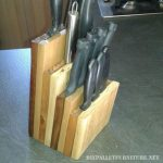 Knives holder for the kitchen with pallets