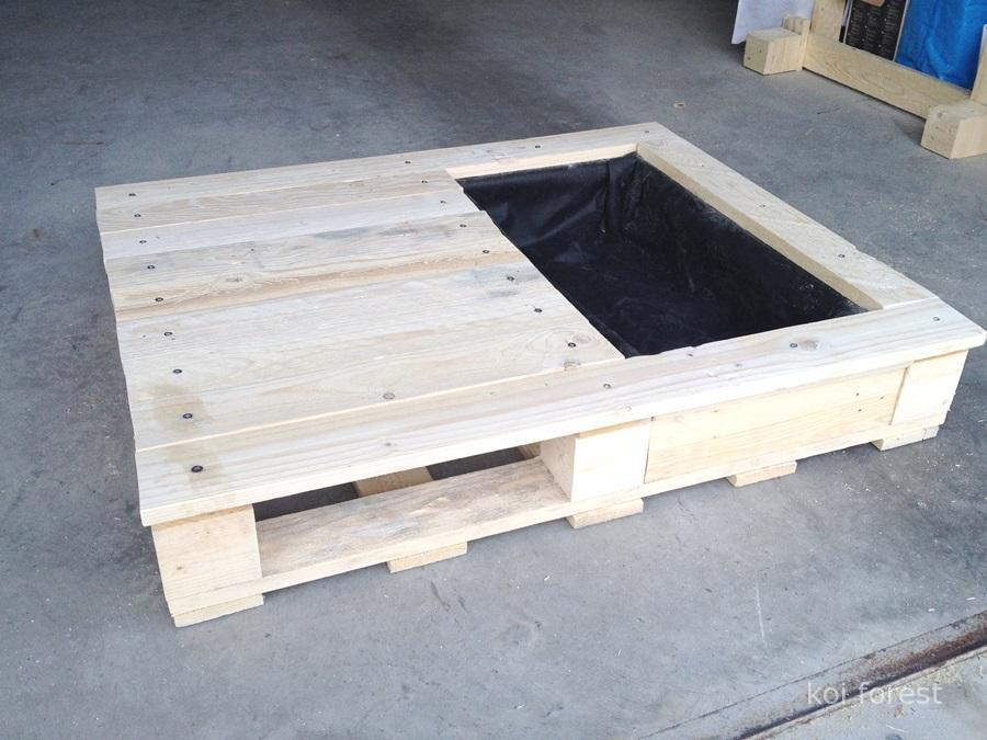 planter-table-for-the-cat-with-a-pallet-6