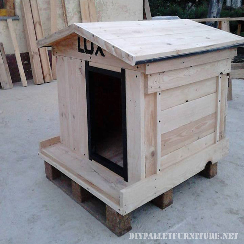 water-proofed-dog-house-1