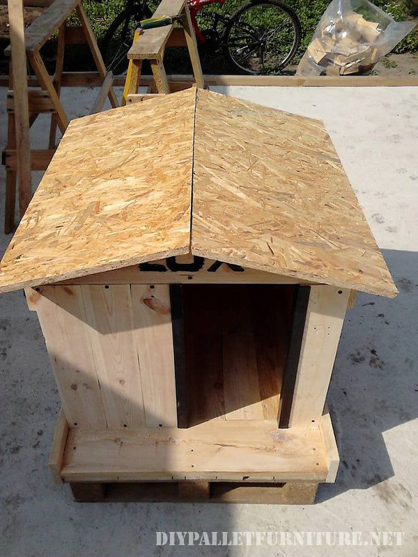 water-proofed-dog-house-4