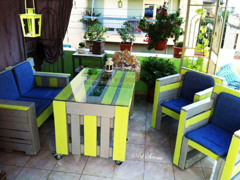 your-furniture-painted-with-colors-pallet-3