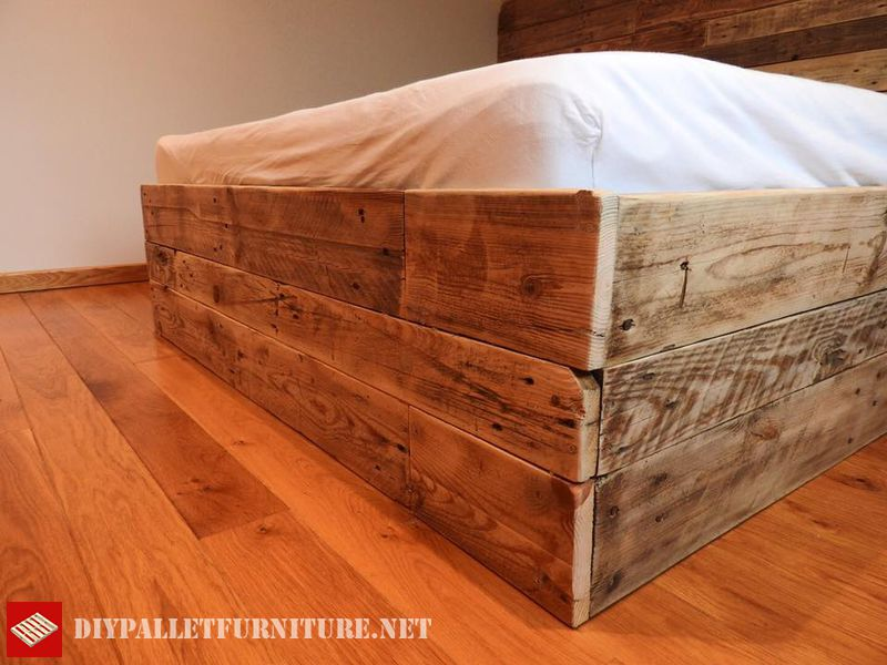 fantastic-bed-made-with-pallets-3