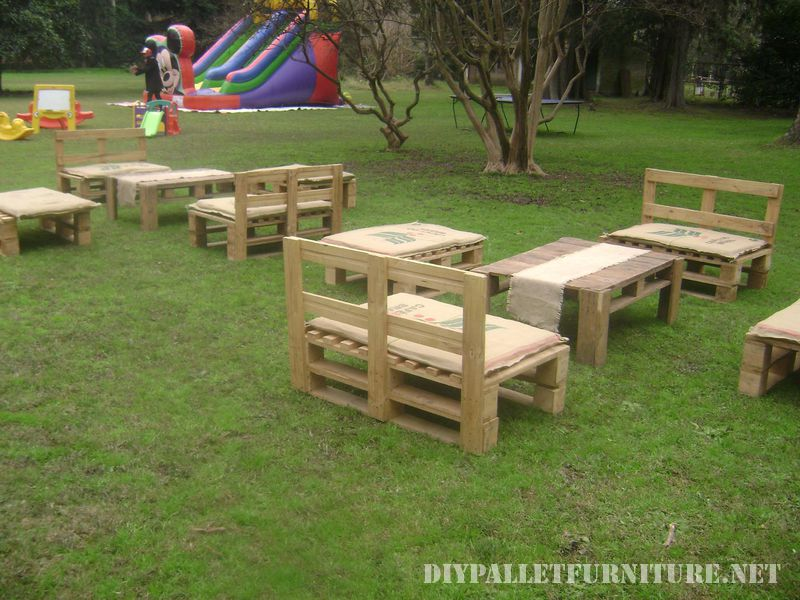 pallet-furniture-rental-for-events-2