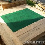 Table for card games with pallets
