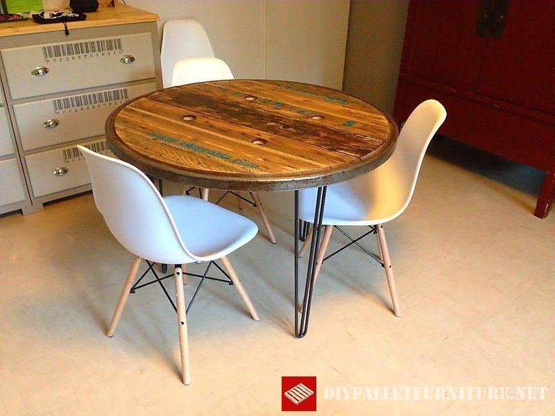 tables-using-the-top-of-a-wooden-coil-1