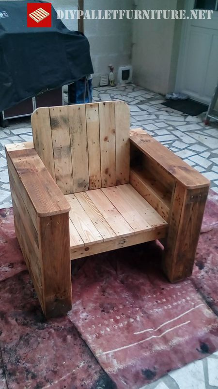 armchair-made-with-pallet-boards-3
