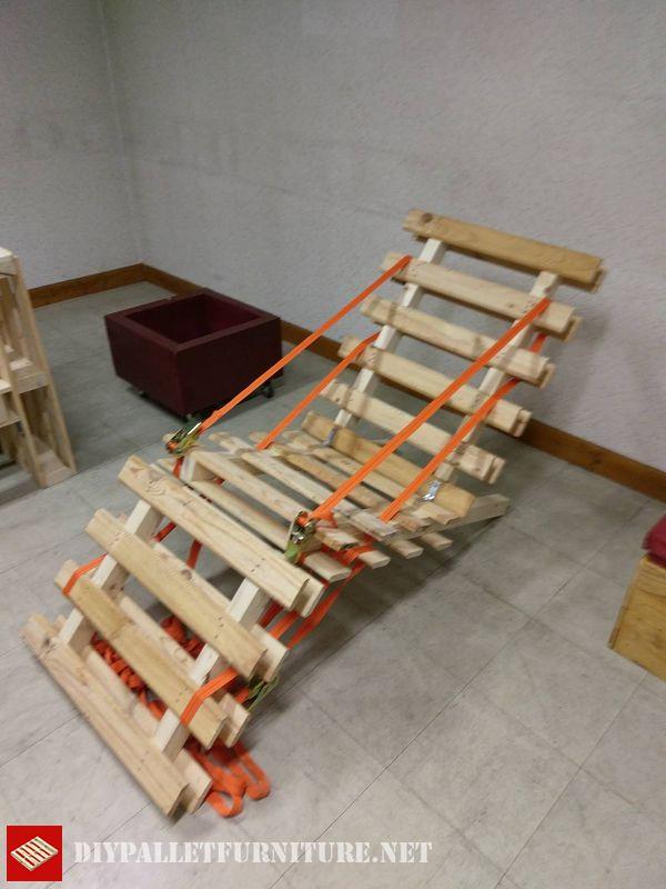 folding-pallet-hammock-1
