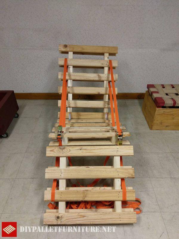folding-pallet-hammock-2