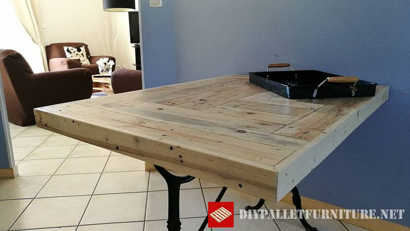kitchen-table-adapted-with-pallets-1