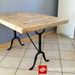 Kitchen table adapted with pallets