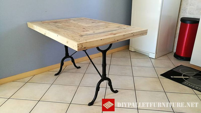 kitchen-table-adapted-with-pallets-3