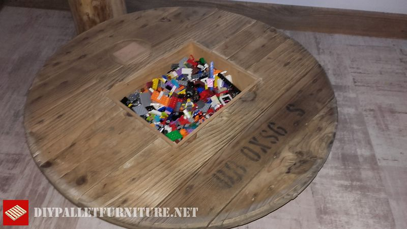 lego-table-to-play-2