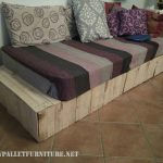 Bed-divan with pallets
