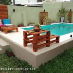 Pool furnished with pallets