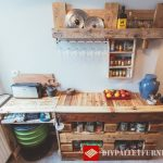 Auxiliary kitchen furniture with pallets