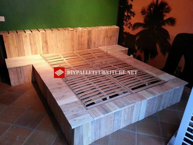 bed made with pallets step by stepdiy pallet furniture diy pallet furniture. Black Bedroom Furniture Sets. Home Design Ideas