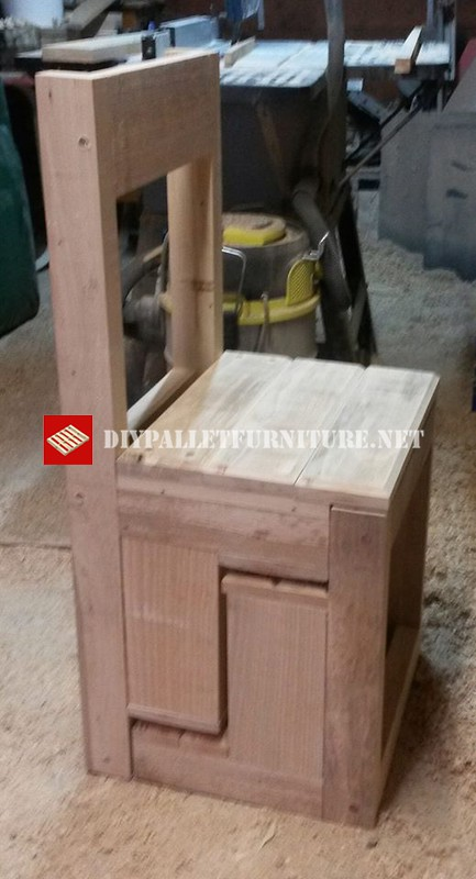 ... transformable into stairDIY Pallet Furniture | DIY Pallet Furniture