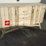 Cabinet made with pallets for the living room