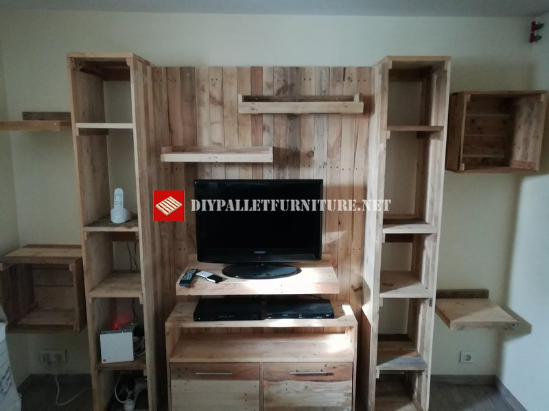 tv stand and cabinetdiy pallet furniture diy pallet furniture. Black Bedroom Furniture Sets. Home Design Ideas